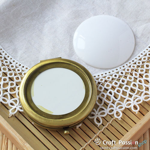 Compact Pocket Mirror Case 1 Set