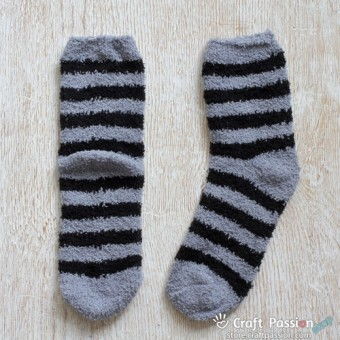 Chenille Microfiber Socks - Stripes - Black / Light Gray