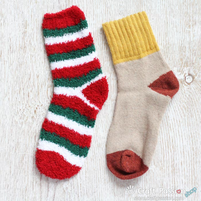Christmas chenille sock set
