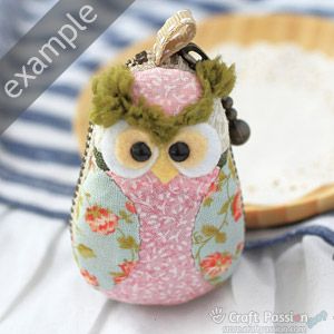 green owl coin purse